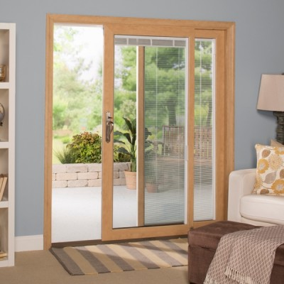 Sliding door with blinds in the living room