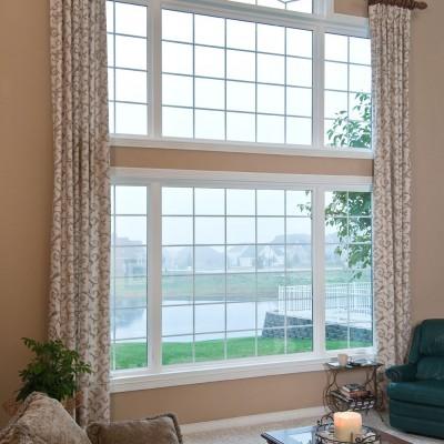 Geometric windows with grids