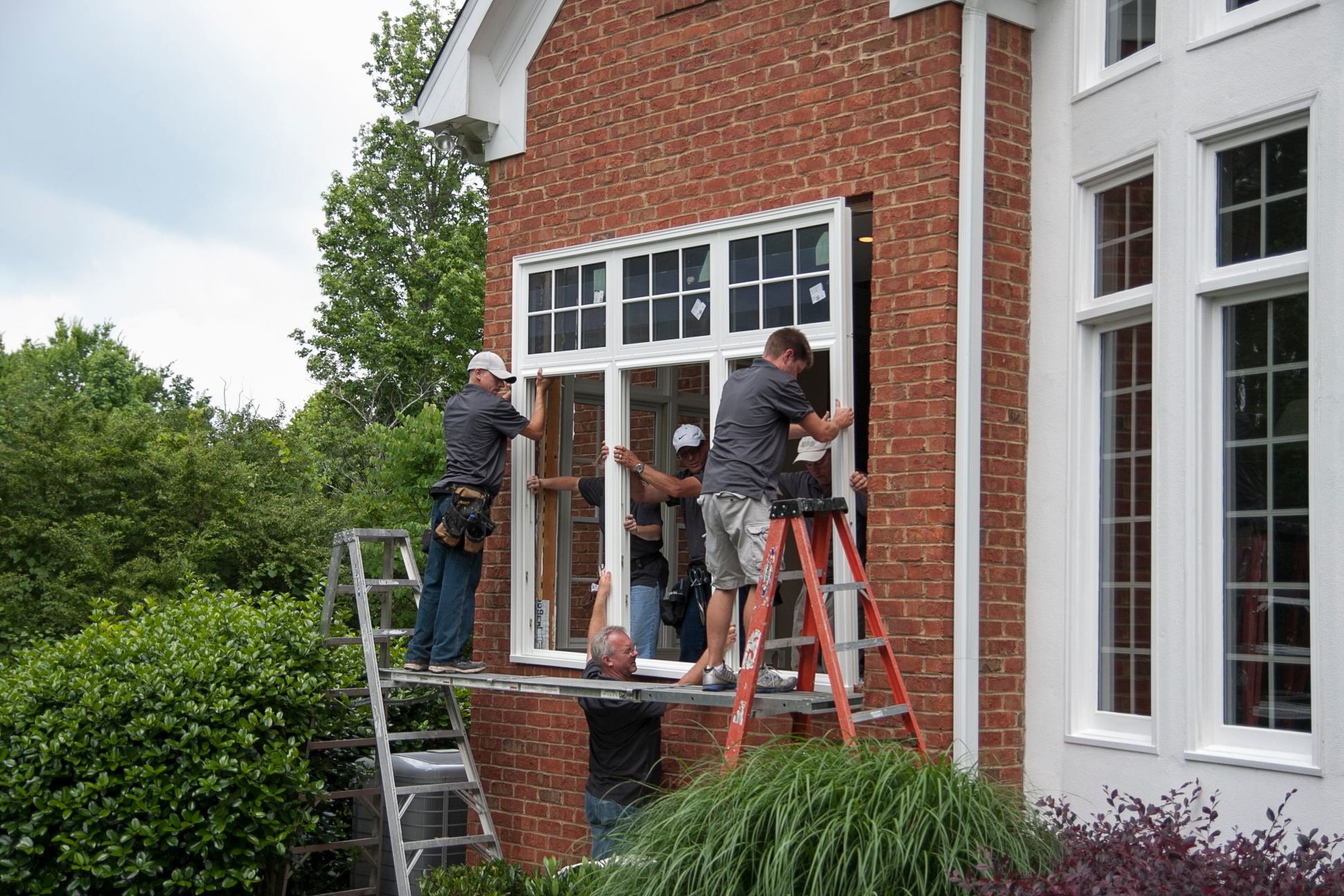 What is Full-Frame Window Replacement?